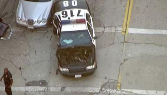 2 Officers Hurt in Los Angeles Patrol Car Crash