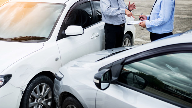 Know When to Call an Uber Accident Lawyer